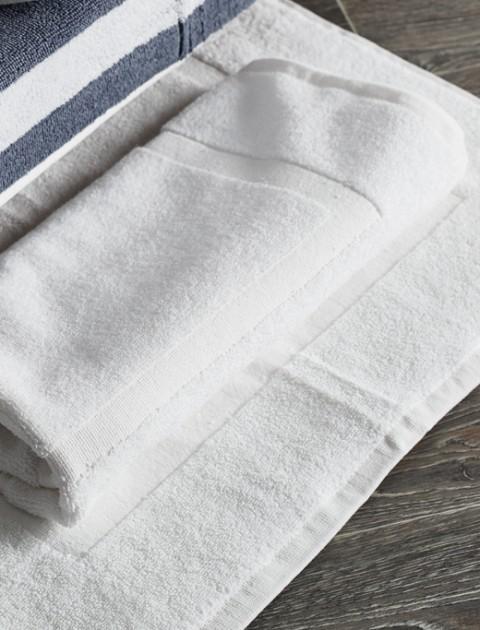 Πατάκια-Κουρτίνες Μπάνιου Ξενοδοχείου