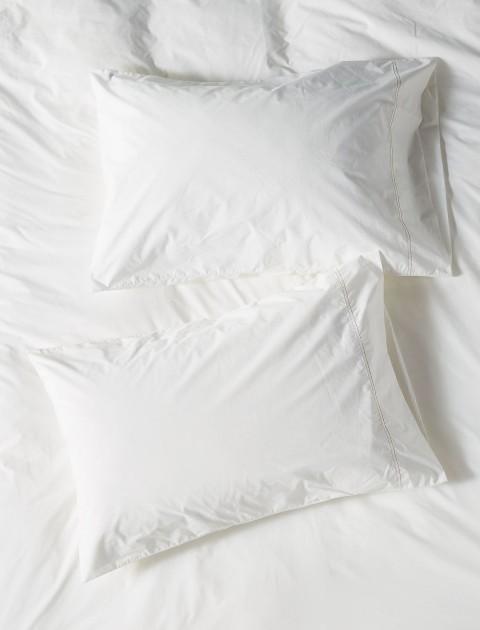 Μαξιλάρια Ύπνου & Επιστρώματα
